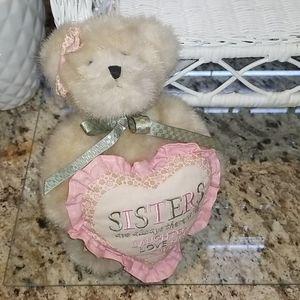 """""""Sissy"""" Boyd's Bear"""